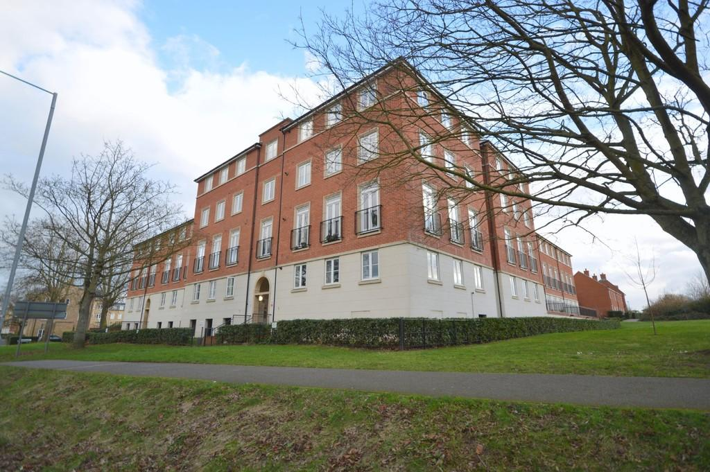 2 Bedrooms Apartment Flat for sale in Circular Road South, Colchester