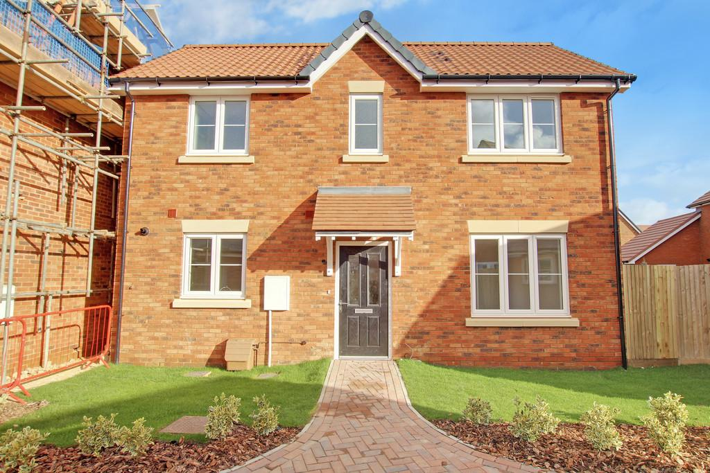 3 Bedrooms Detached House for sale in Nightingale Avenue, Goring-by-sea, Worthing, BN12 FE