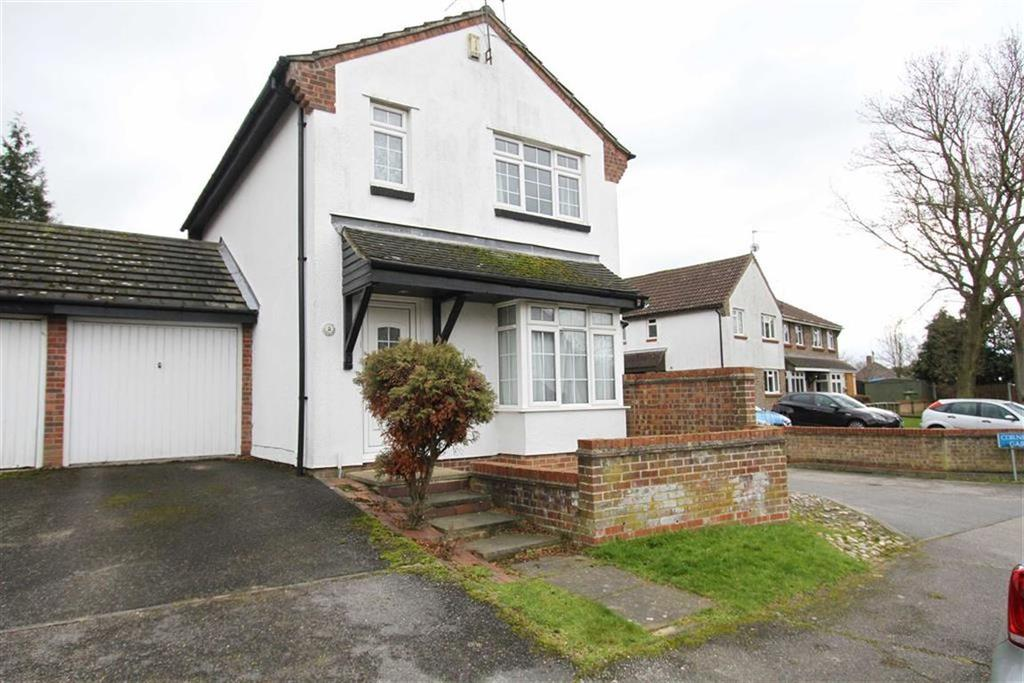 3 Bedrooms Detached House for sale in Cornflower Gardens, Billericay