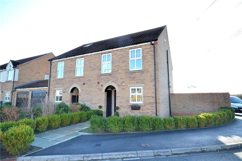 3 Bedrooms Semi Detached House for sale in Mickleton Drive, Eaglescliffe, Stockton-on-Tees