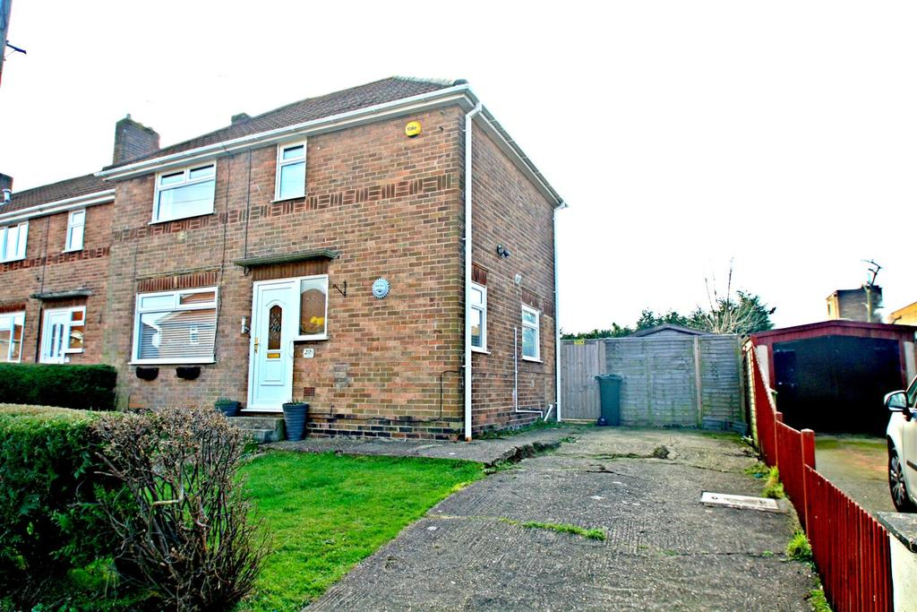 3 Bedrooms Semi Detached House for sale in Saffron Street, Bletchley, Milton Keynes