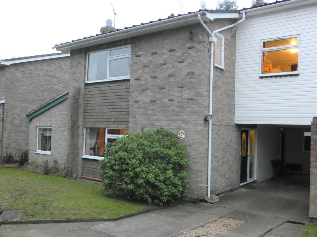 4 Bedrooms Link Detached House for sale in Wivenhoe Road, Alresford CO7