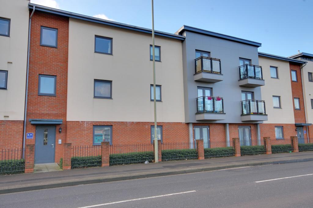2 Bedrooms Apartment Flat for sale in Waterlooville