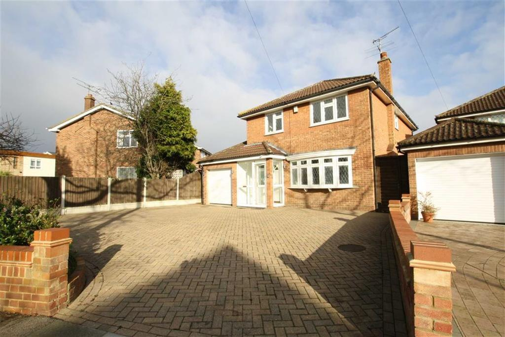 4 Bedrooms Detached House for sale in Merilies Gardens, Westcliff-On-Sea, Essex