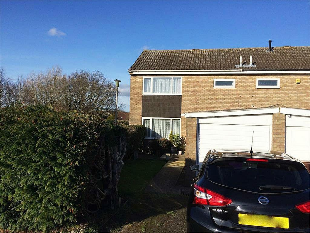 3 Bedrooms Semi Detached House for sale in Kyrkeby, Letchworth