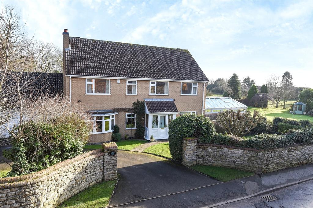 4 Bedrooms Detached House for sale in Low Road, Barrowby, NG32