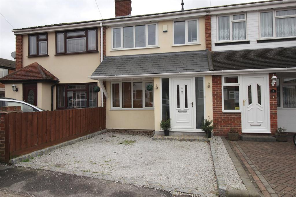 3 Bedrooms Terraced House for sale in Rose Valley Crescent, Stanford-le-Hope, Essex, SS17