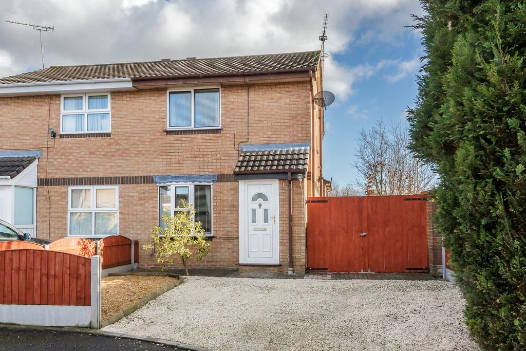 2 Bedrooms Semi Detached House for sale in Crewe, Cheshire