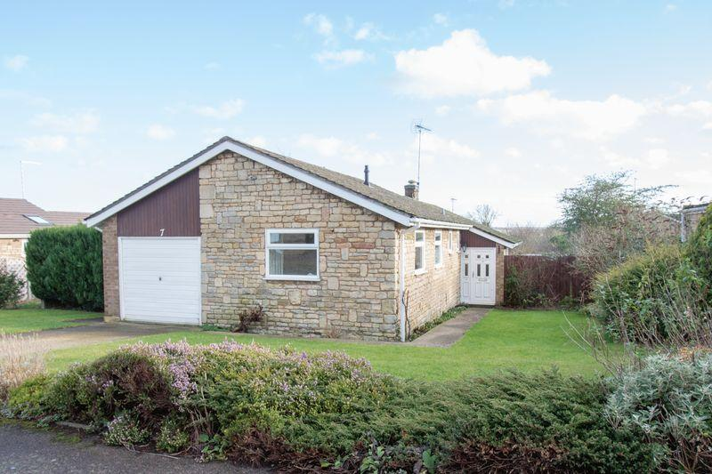 3 Bedrooms Bungalow for sale in Sulthorpe Road, Ketton
