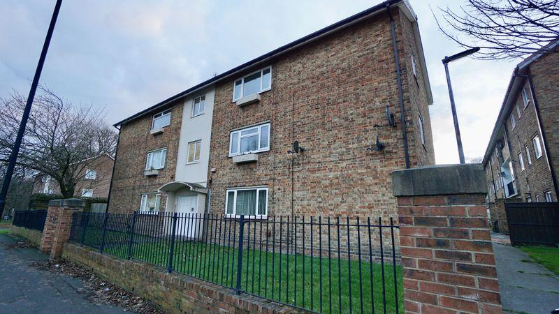 2 Bedrooms Apartment Flat for sale in Coach Lane, Newcastle Upon Tyne