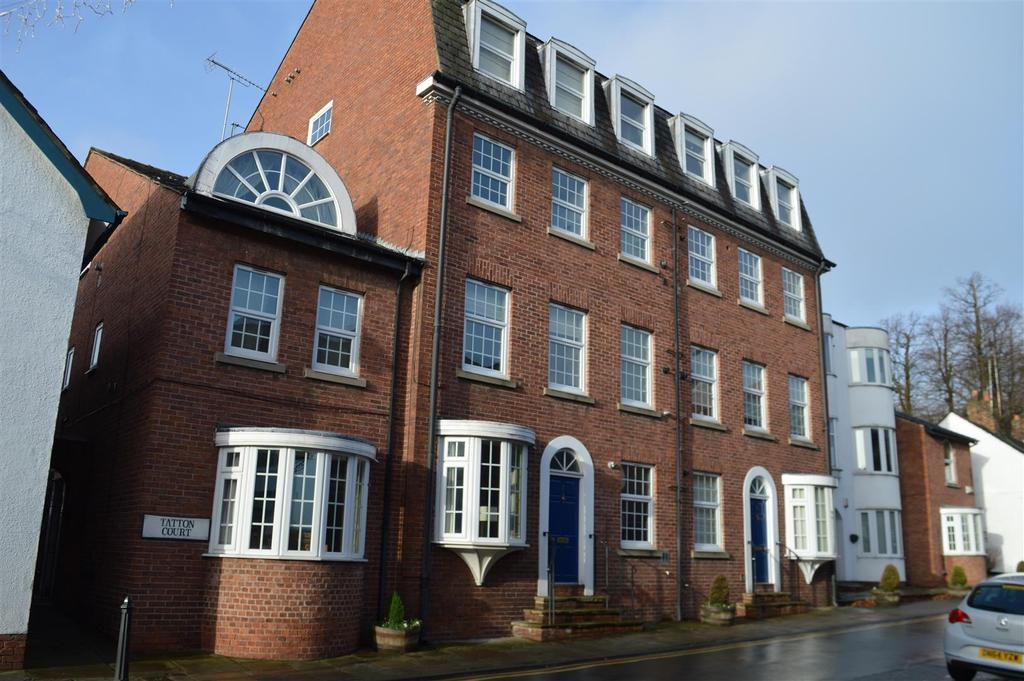 2 Bedrooms Apartment Flat for sale in Tatton Court