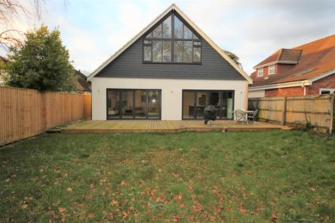 1 bedroom house share to rent - Old Barn Road, Christchurch,