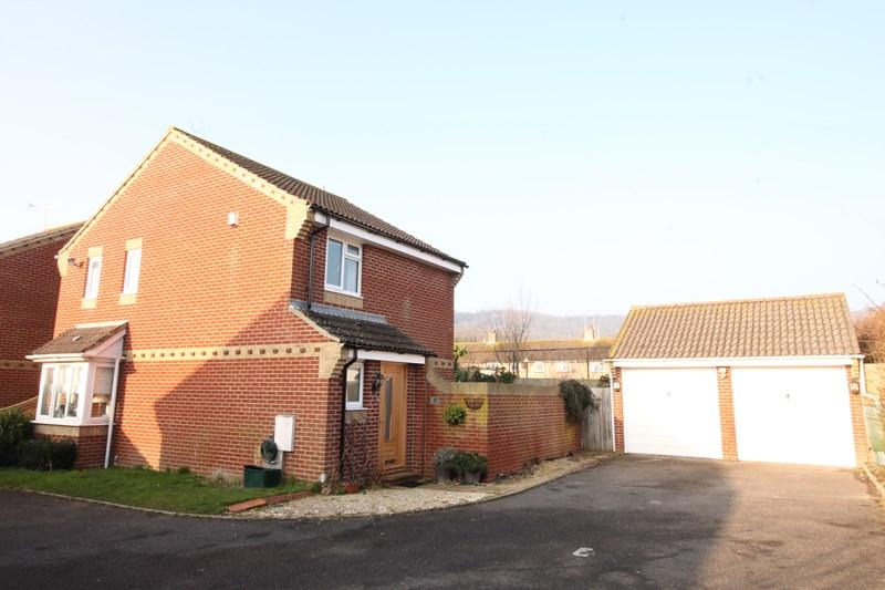 3 Bedrooms Detached House for sale in The Retreat, Avard Crescent Old Town, Eastbourne