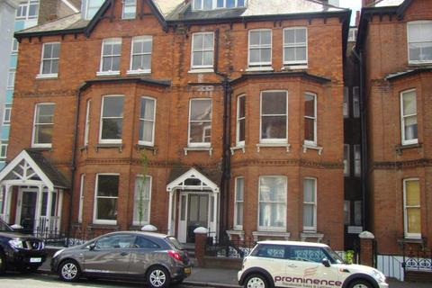 Studio to rent - Cromwell Road, Hove BN3 3EG