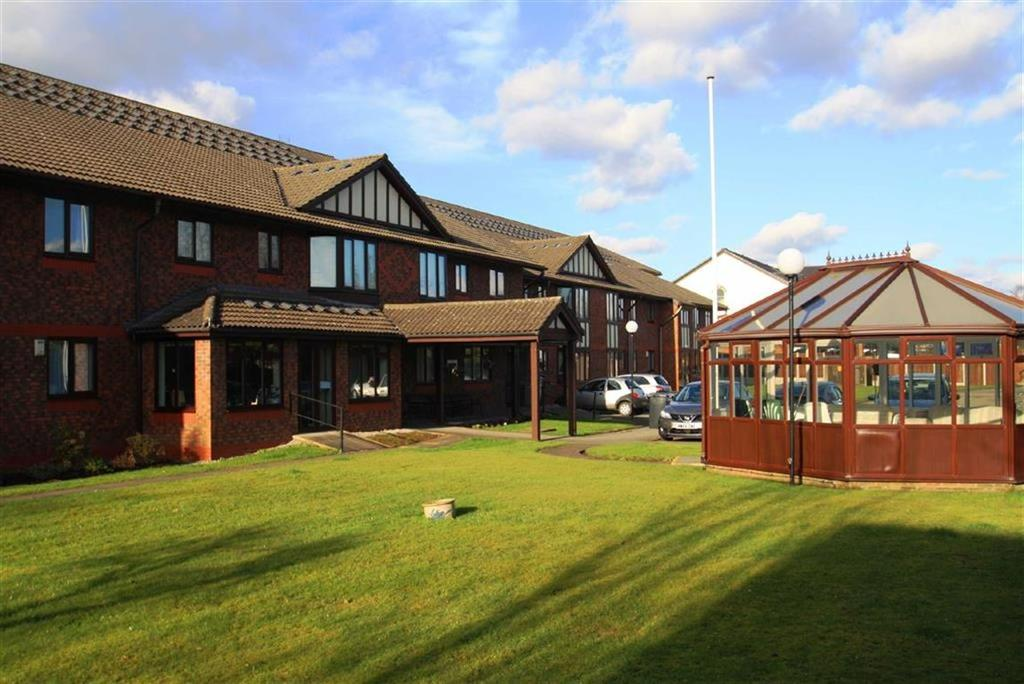 2 Bedrooms Retirement Property for sale in Ferndale, Station Road, Handforth