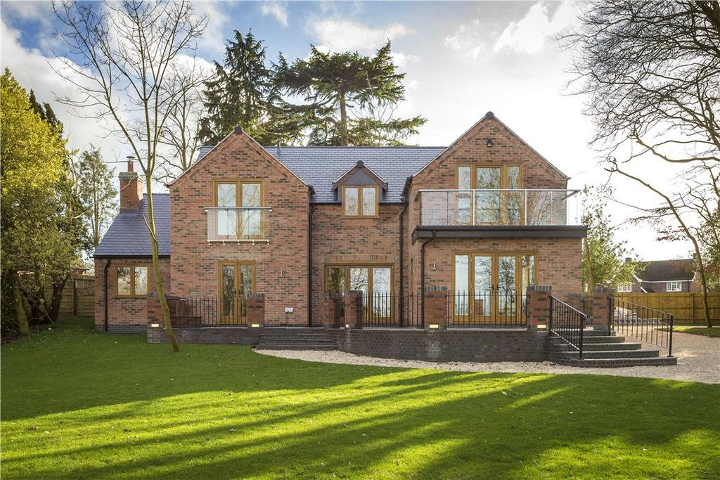 4 Bedrooms Detached House for sale in Henley Road, Claverdon, Warwick, CV35