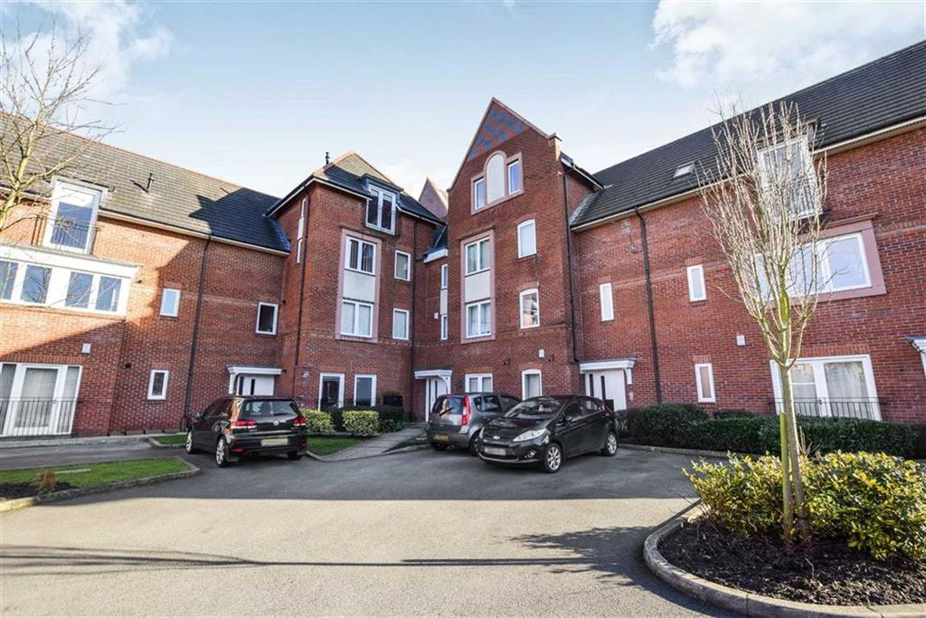 2 Bedrooms Apartment Flat for sale in Badger Road, Timperley, Cheshire, WA14