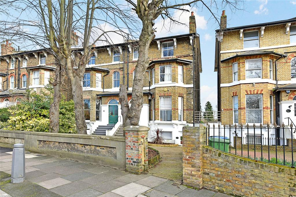 3 Bedrooms Flat for sale in Hervey Road, Blackheath, London