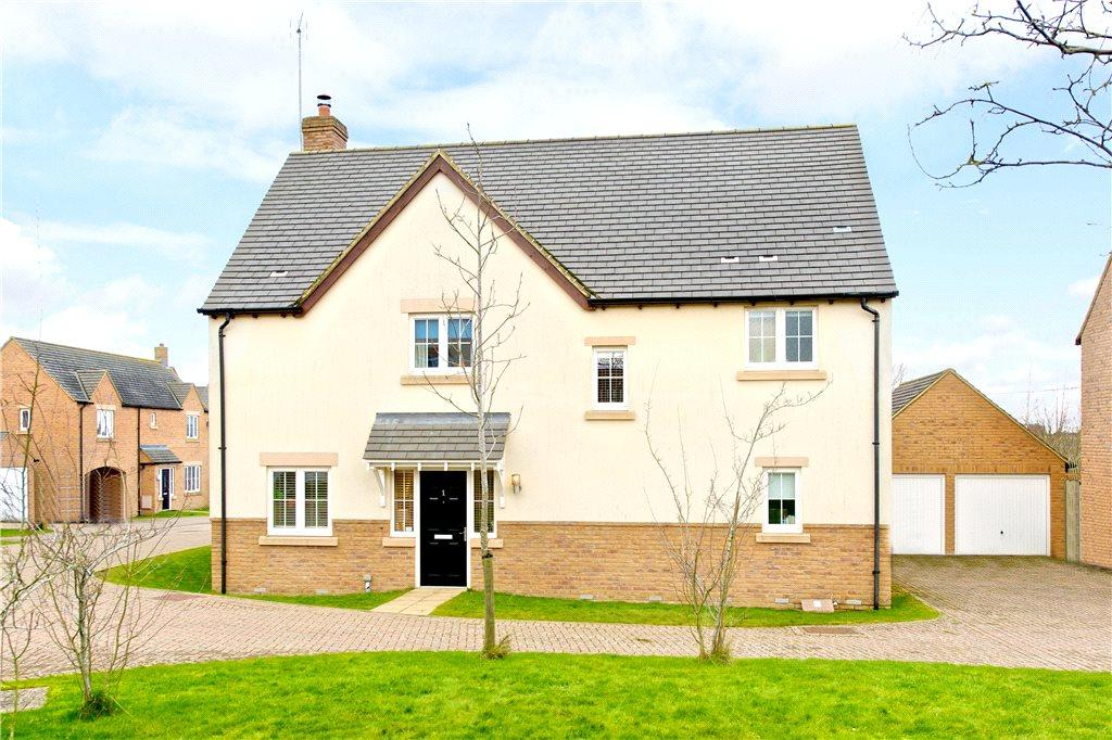 4 Bedrooms Detached House for sale in Manor Farm Close, Litchborough, Towcester, Northamptonshire