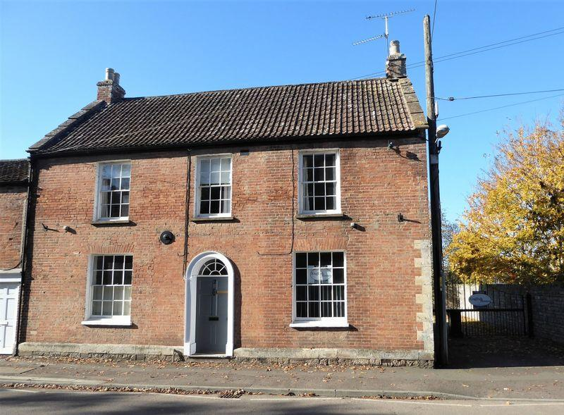 4 Bedrooms House for sale in North Street, LANGPORT