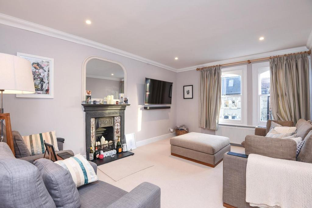 3 Bedrooms Flat for sale in Edith Road, West Kensington
