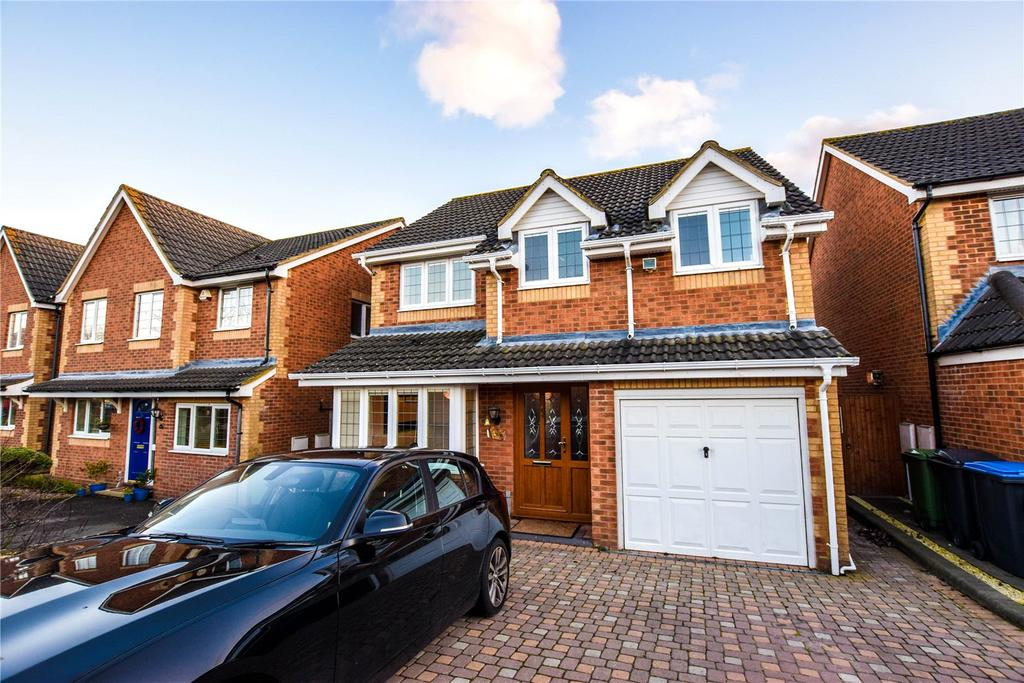4 Bedrooms Detached House for sale in Halsey Drive, Hemel Hempstead, Hertfordshire, HP1