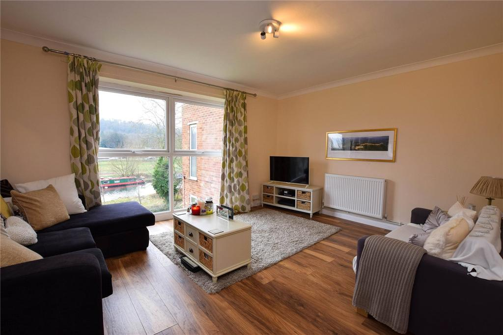 2 Bedrooms Apartment Flat for sale in River Park, Hemel Hempstead, Hertfordshire, HP1