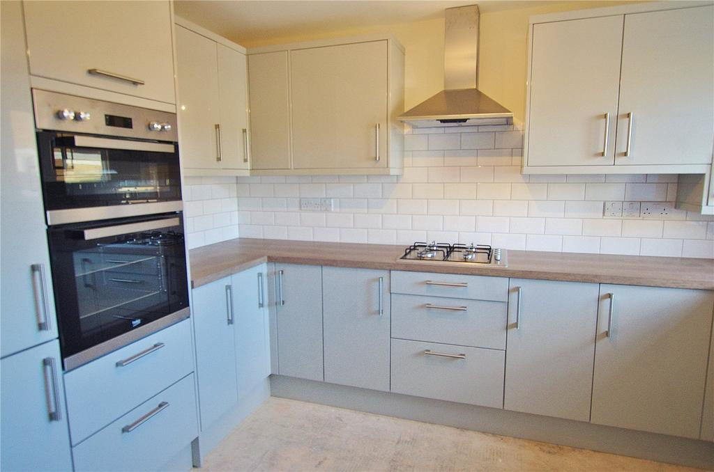 4 Bedrooms Semi Detached House for sale in Lebanon Close, Watford, Hertfordshire, WD17