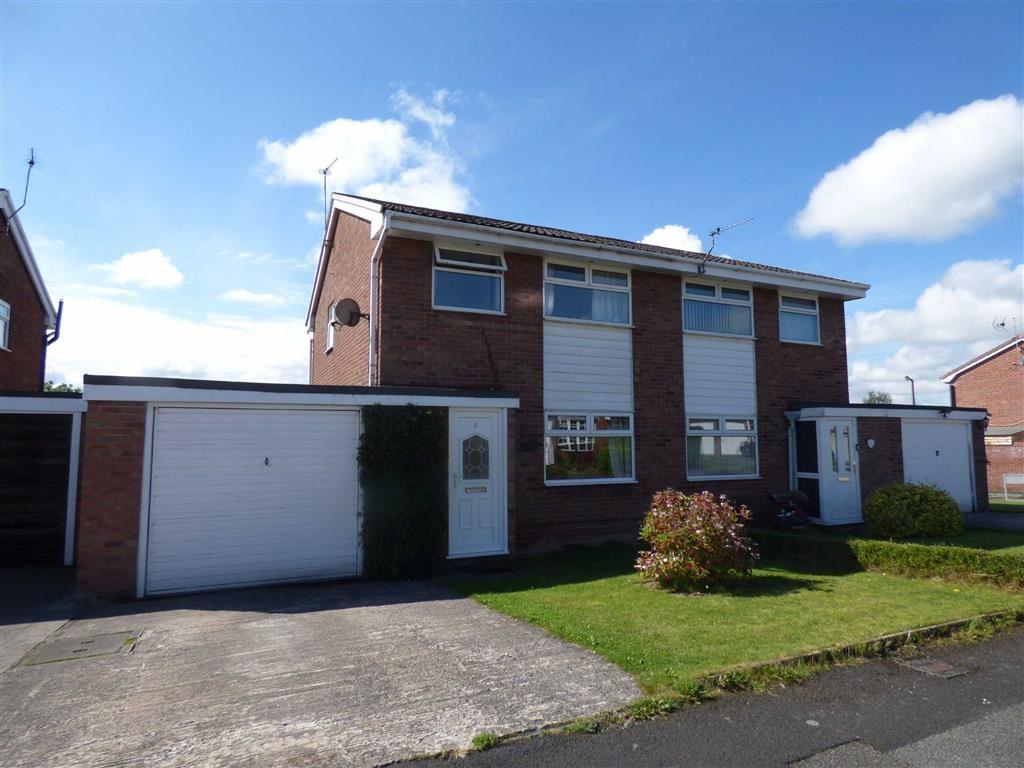 3 Bedrooms Semi Detached House for sale in Norman Drive, Winsford, Cheshire