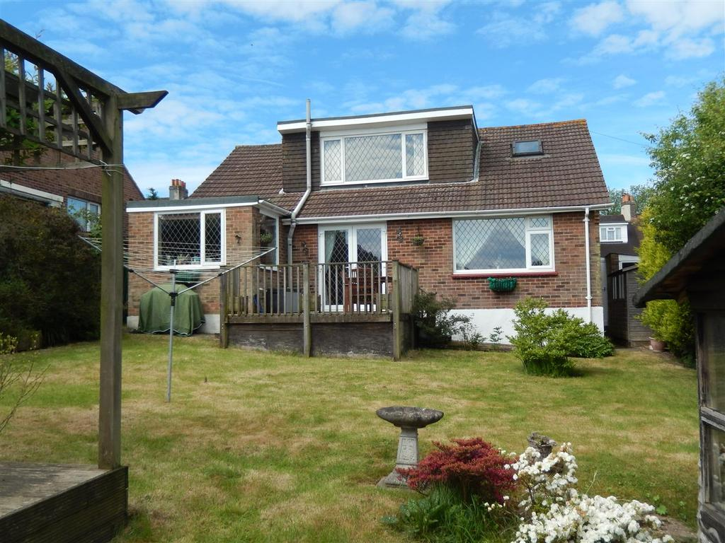 4 Bedrooms Detached Bungalow for sale in Maplehurst Road, St. Leonards-On-Sea