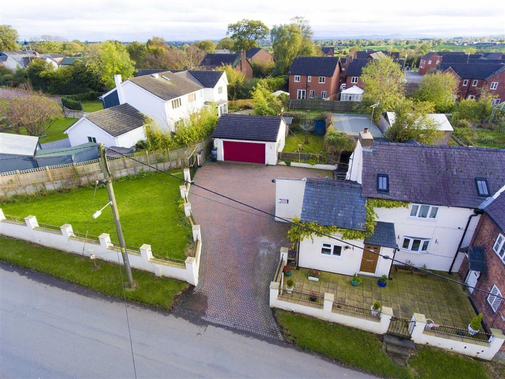3 Bedrooms Semi Detached House for sale in Church Lane, St Martins