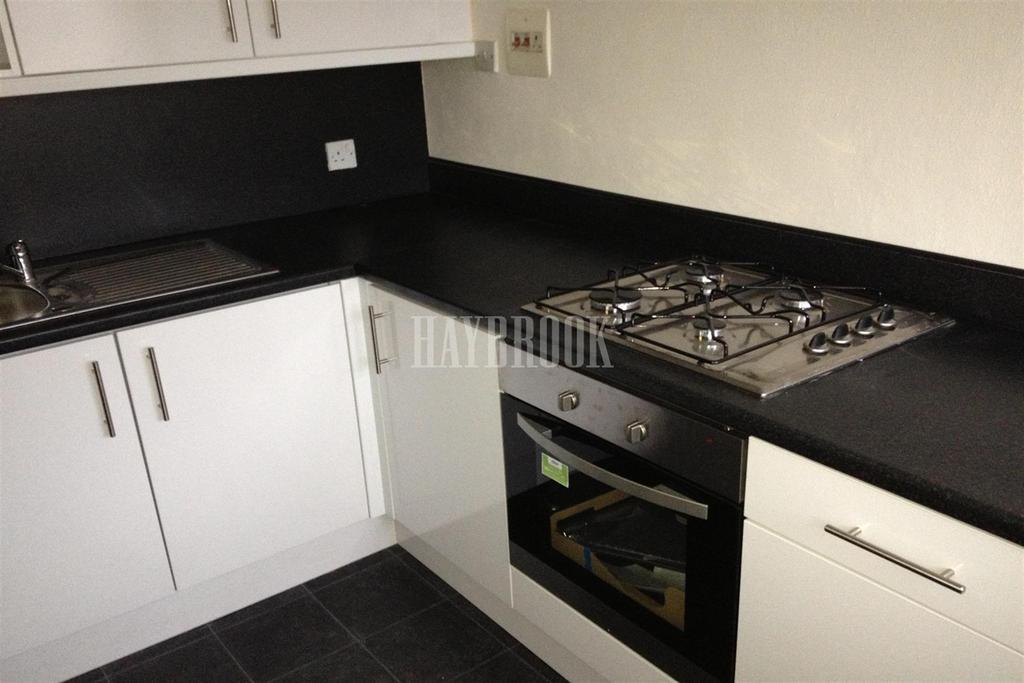 2 Bedrooms Flat for rent in Meadowcroft Gardens, Westfield S20