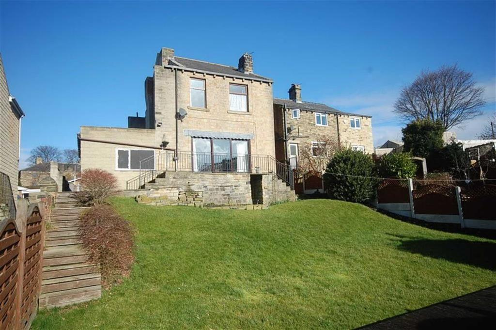 3 Bedrooms Detached House for sale in Nab Lane, Mirfield, WF14