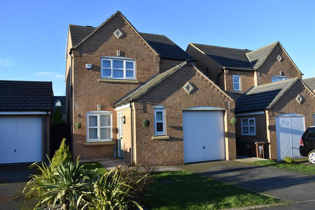 3 Bedrooms Detached House for sale in Haigh Close, St. Helens