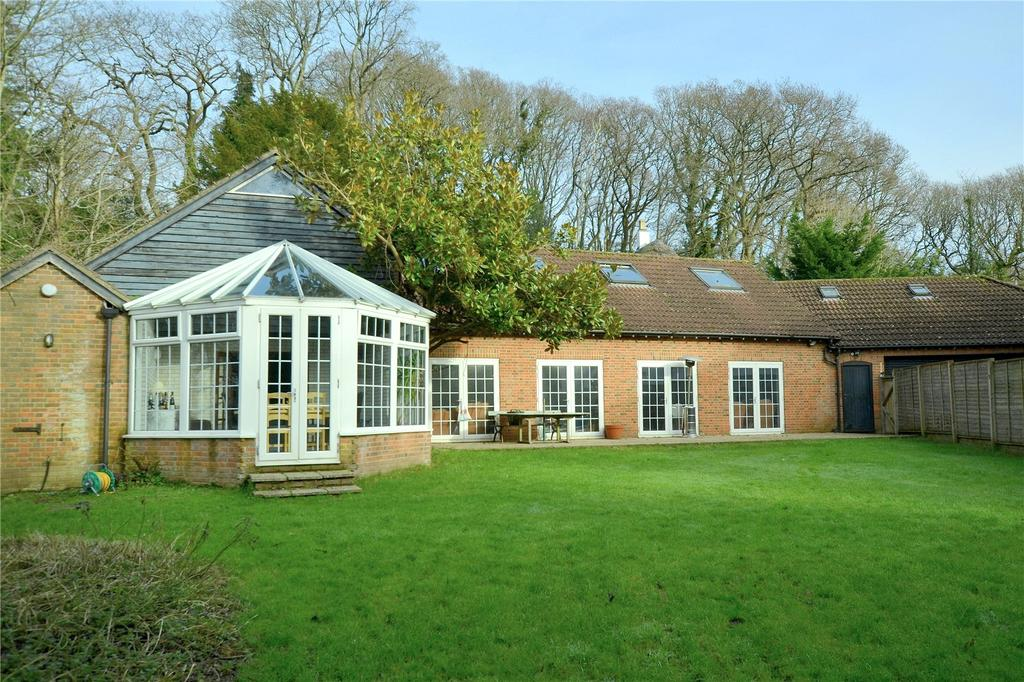 2 Bedrooms Detached House for sale in Linford Road, Ringwood, Hampshire, BH24