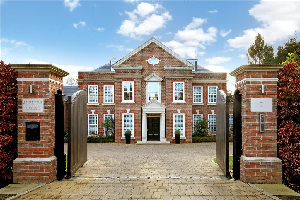 7 Bedrooms Detached House for sale in Spicers Field, Oxshott, Surrey, KT22