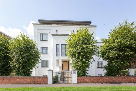 2 bedroom flat for sale - Albert House, Albert Road, Cheltenham, Gloucestershire, GL52