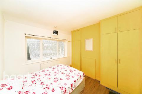 Flat share to rent - Conway Crescent, Perivale, UB6