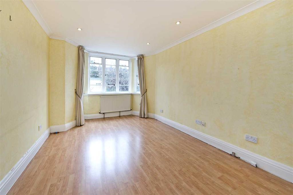 2 Bedrooms Apartment Flat for sale in Marlborough Court, Pembroke Road, Kensingon W8