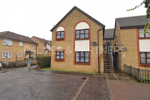 Studio for sale - Yale Mews, Colchester