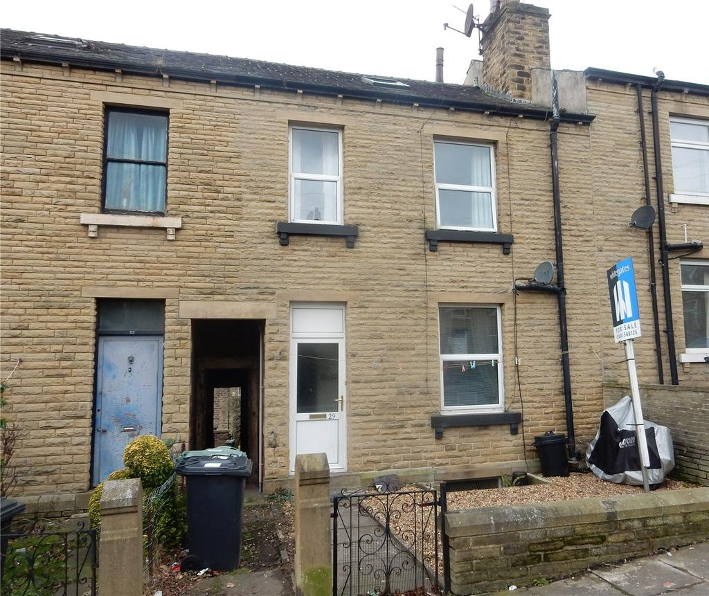 2 Bedrooms House for sale in Clough Road, Birkby, Huddersfield, HD2