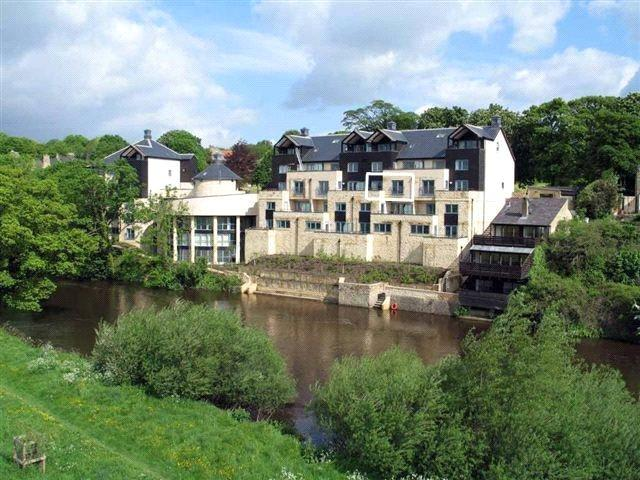 2 Bedrooms Apartment Flat for rent in Riverside, 65 Westgate, Wetherby, West Yorkshire