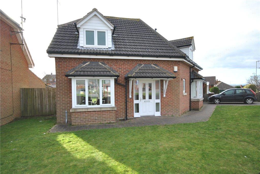3 Bedrooms Detached House for sale in Tinshill Lane, Cookridge, Leeds, West Yorkshire