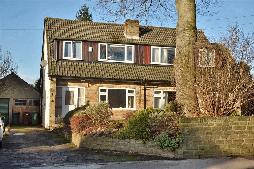 3 Bedrooms Semi Detached House for sale in Lidgett Lane, Roundhay, Leeds