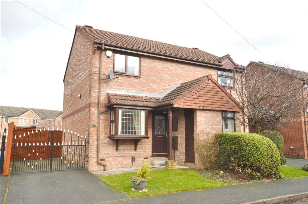 2 Bedrooms Semi Detached House for sale in Barker Place, Leeds, West Yorkshire