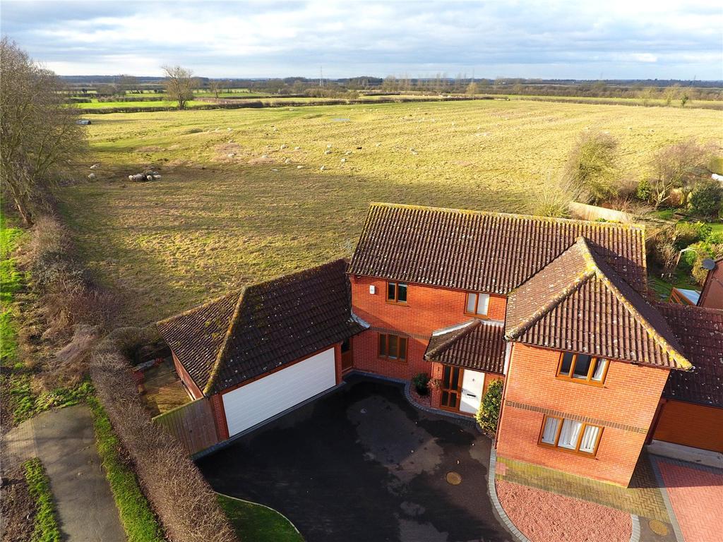 4 Bedrooms Detached House for sale in Walnut Road, Bottesford, Nottingham