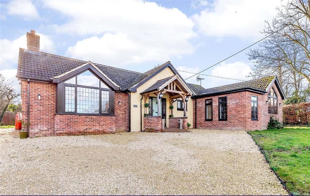 4 Bedrooms Detached Bungalow for sale in Woodborough, Pewsey, Wiltshire, SN9
