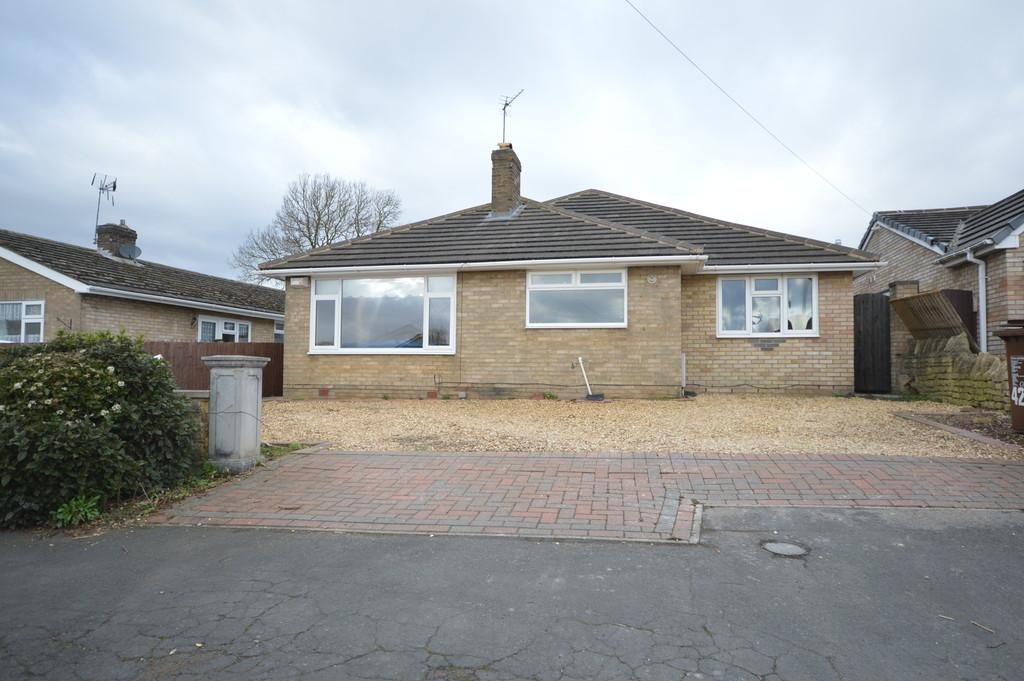 3 Bedrooms Detached Bungalow for sale in Cardigan Road, Stanion