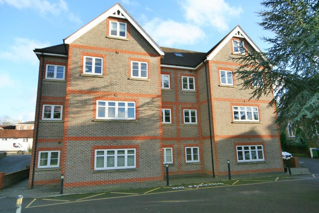 2 Bedrooms Apartment Flat for sale in Billingshurst