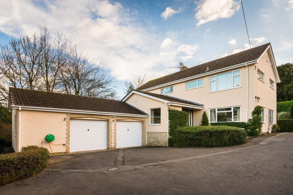 4 Bedrooms Detached House for sale in Station Road, Blagdon